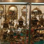 Канделябры, часы, зеркала